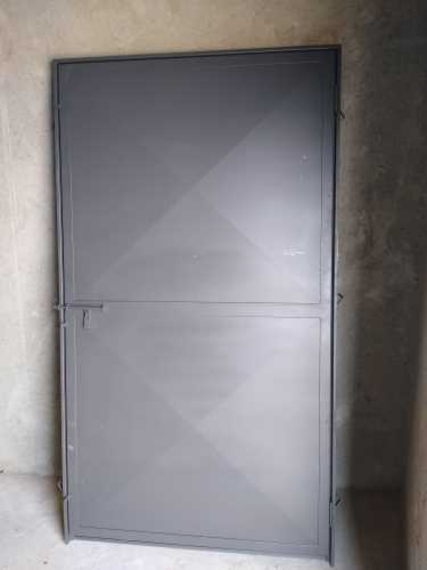 Empresa de Serralheria Porta de Aço Limeira - Serralheria de Ferro