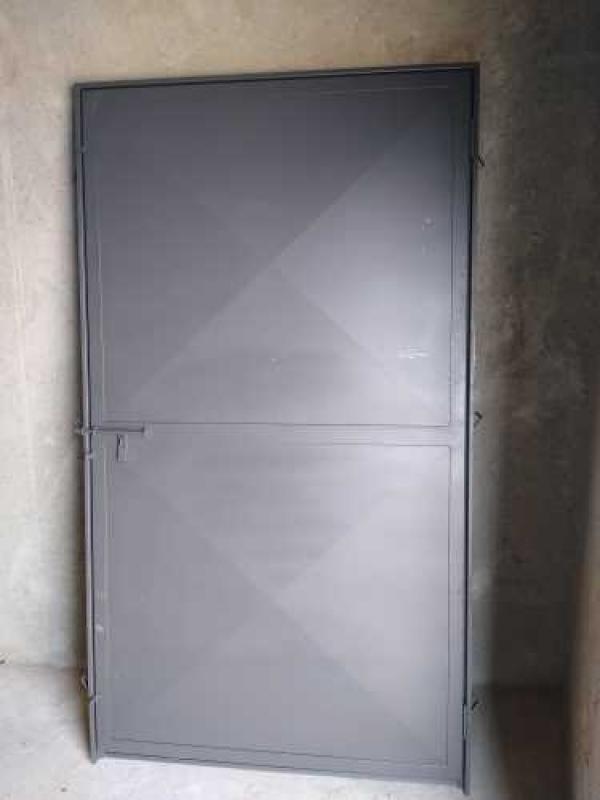Empresa de Serralheria Porta de Aço Socorro - Serralheria Porta