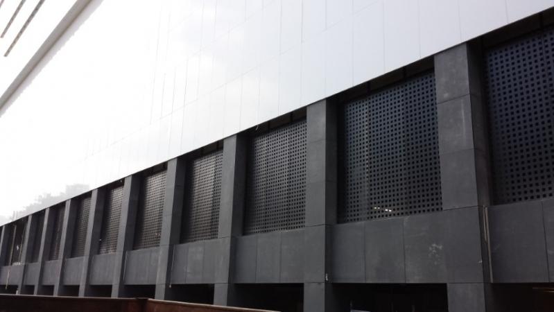 Empresas de Revestimento Metálico para Parede Valinhos - Revestimento Metalico Fachada