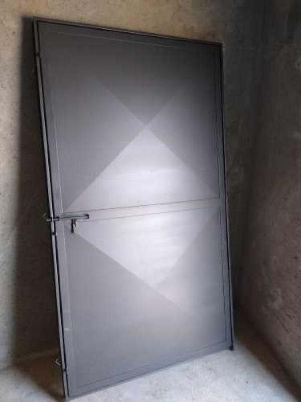 Serralheria Porta de Aço Preços Socorro - Serralheria Aço Carbono