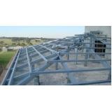 instalação de estrutura metálica para telhado colonial Santo Antônio da Posse